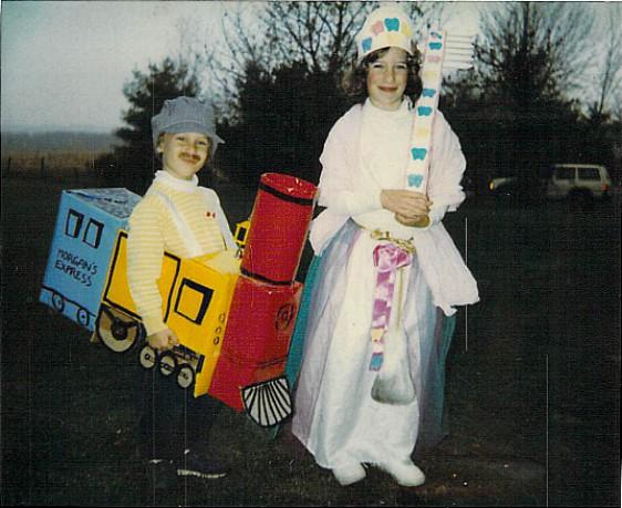 Knock Knock Team Halloween Costume Idea