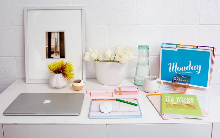 6 Desk Organizing Tips - Knock Knock
